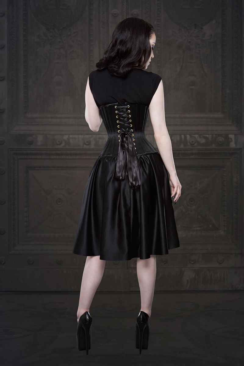 Ebonique Collection by Vanyanis. Model: Threnody in Velvet © Iberian Black Arts