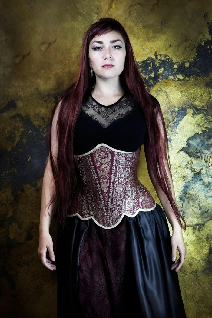 Vanyanis-Ebonique-Sweetheart-Top-Lace-Cap-Sleeves-worn-with-couture-corset-(c)-Jenni-Hampshire--Model-Victoria-Dagger