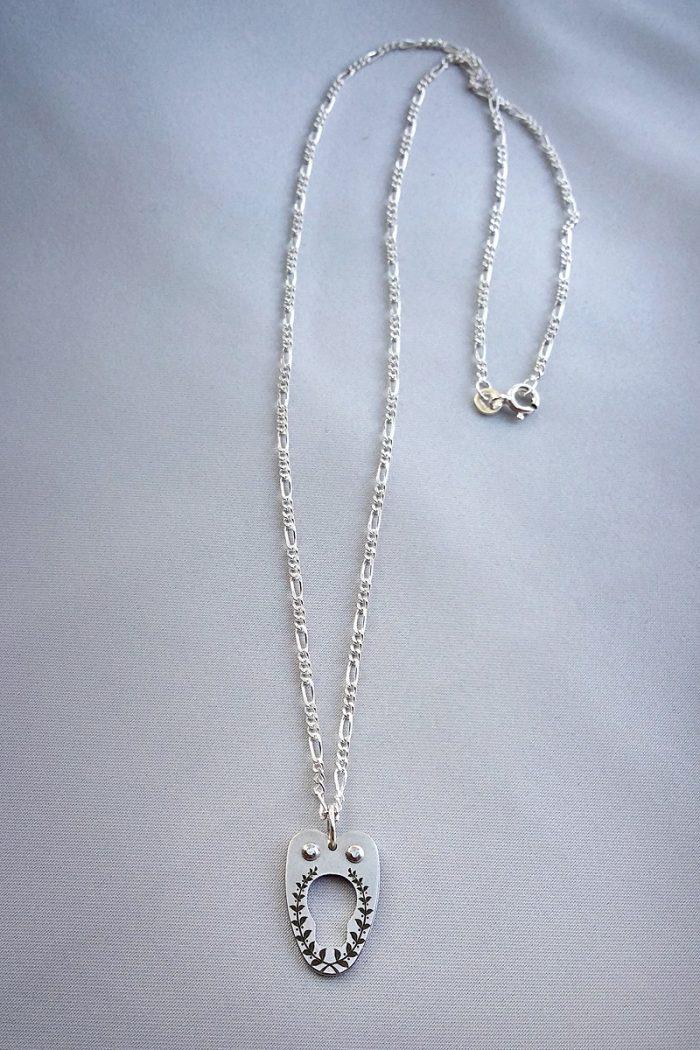 corset-necklace-silver-chain