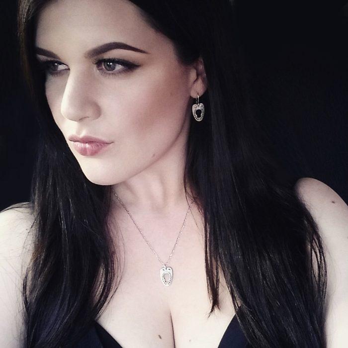 vanyanis-corset-jewellery