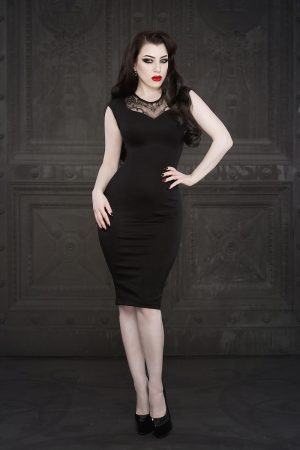 Ebonique Pencil Dress by Vanyanis. Model: Threnody in Velvet © Iberian Black Arts