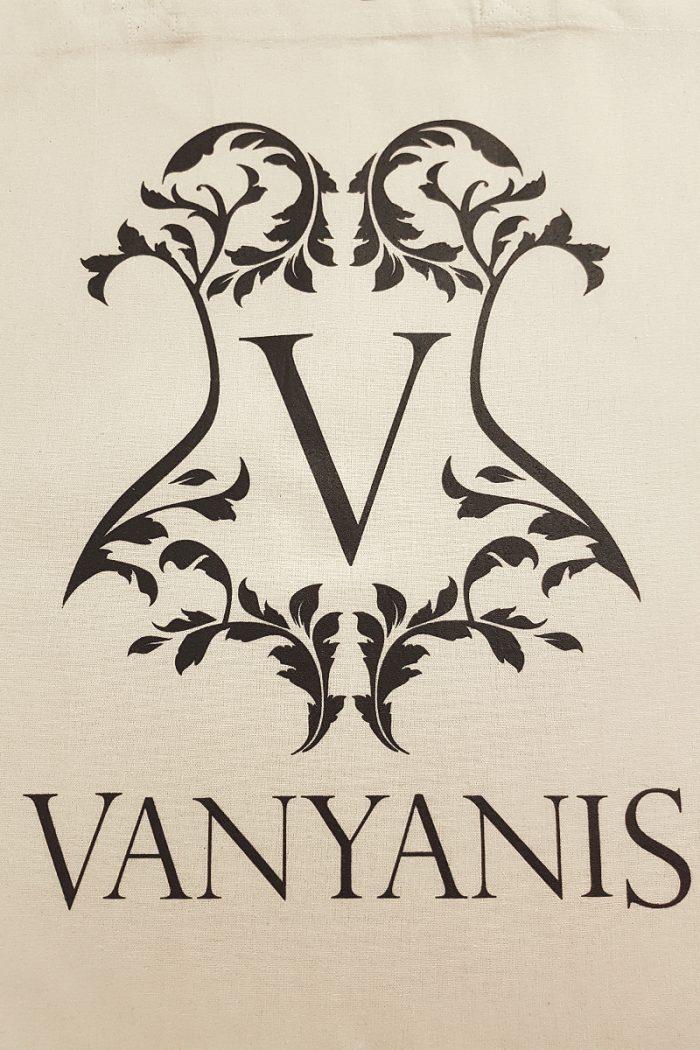 Vanyanis-Calico-Tote-detail2