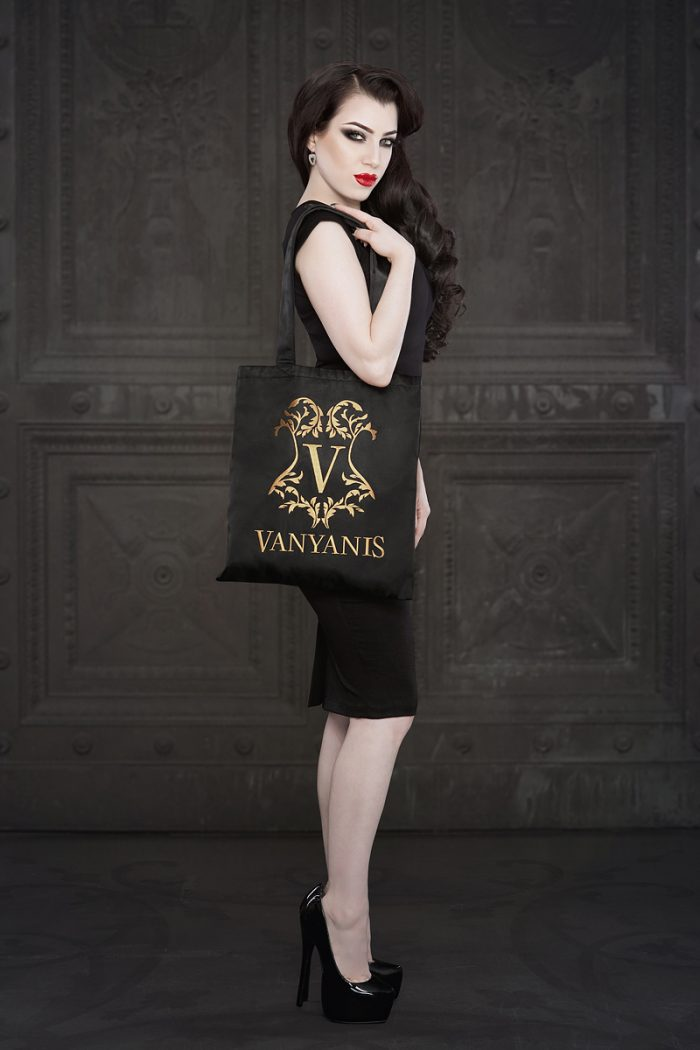 Vanyanis-Luxury-Tote-Bag-Model-Threnody-in-Velvet-(c)-Iberian-Black-Arts