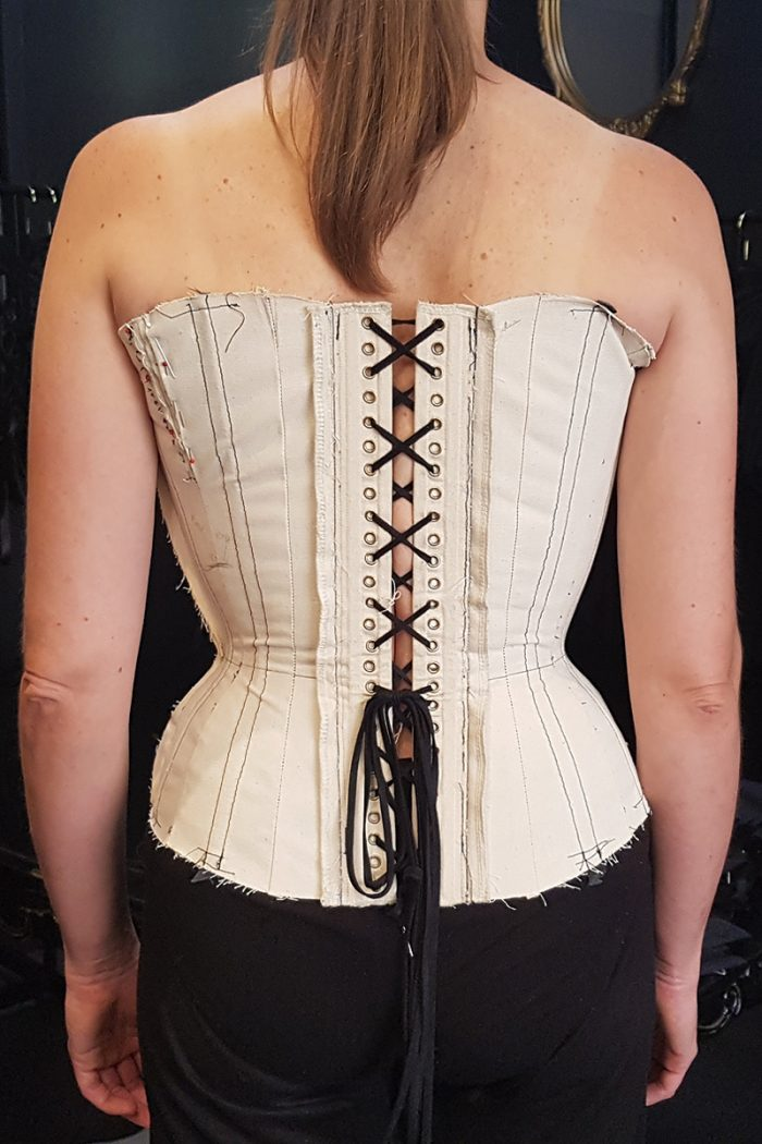 Astrid-Toile-back-Advanced-Corsetry-©-Vanyanis