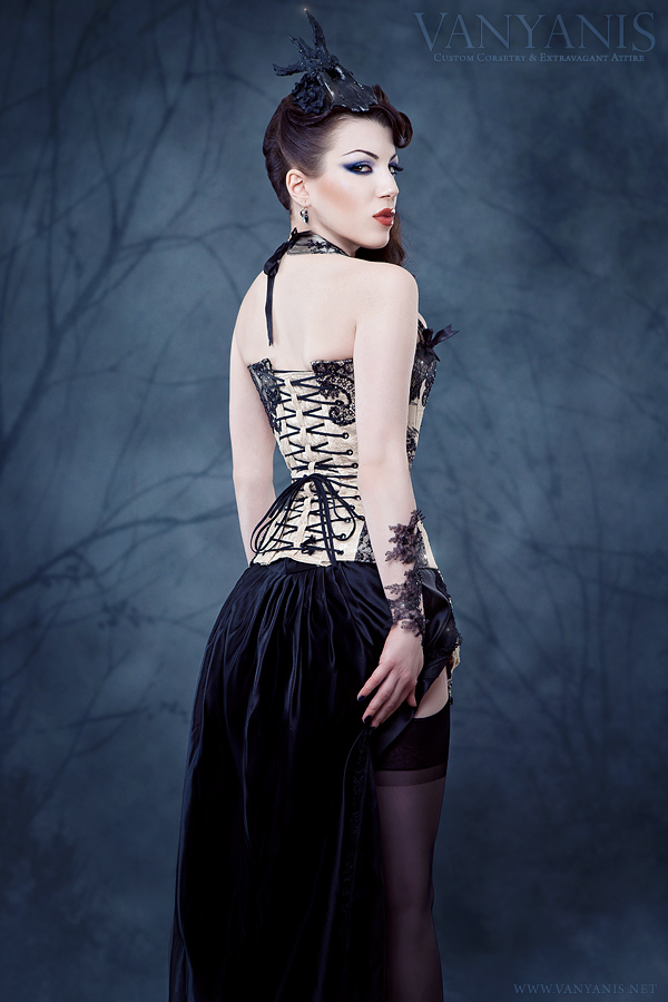 The final image showcasing the back of the corset. Photography © Iberian Black Arts