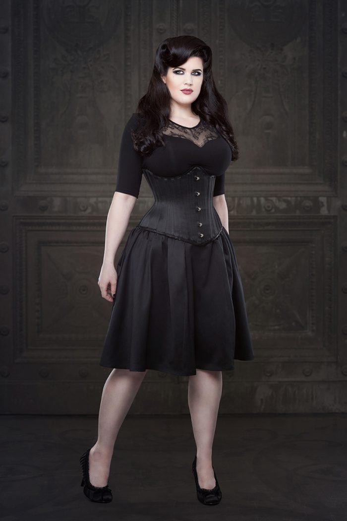 Vanyanis-Ebonique-Black-Satin-Skirt-model-Lowana-OShea-(c)Iberian-Black-Arts-