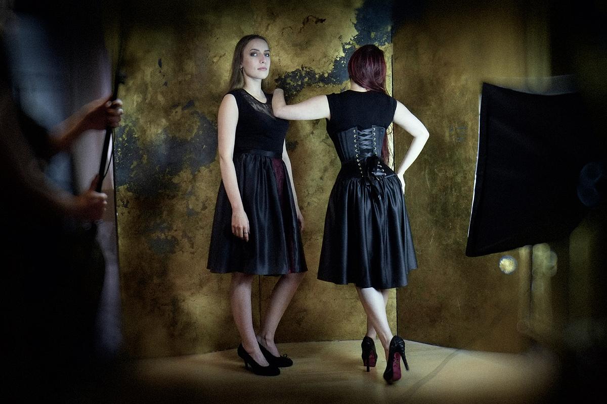 Ebonique Collection by Vanyanis. Models: Karolina Laskowska & Victoria Dagger © Jenni Hampshire