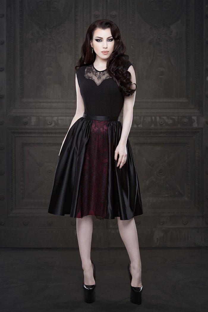 Vanyanis-Ebonique-Lace-Satin-Skirt-model-Threnody-in-velvet-(c)Iberian-Black-Arts-4409