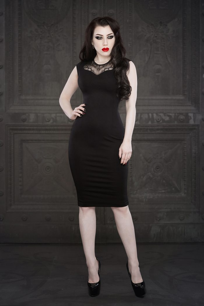 Ebonique-Pencil-Dress-2-by-Vanyanis-model-Threnody-in-Velvet-lace-Photo-(c)-Iberian-Black-Arts