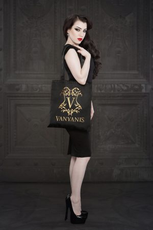 Vanyanis Luxury Tote Bag. Model: Threnody in Velvet © Iberian Black Arts