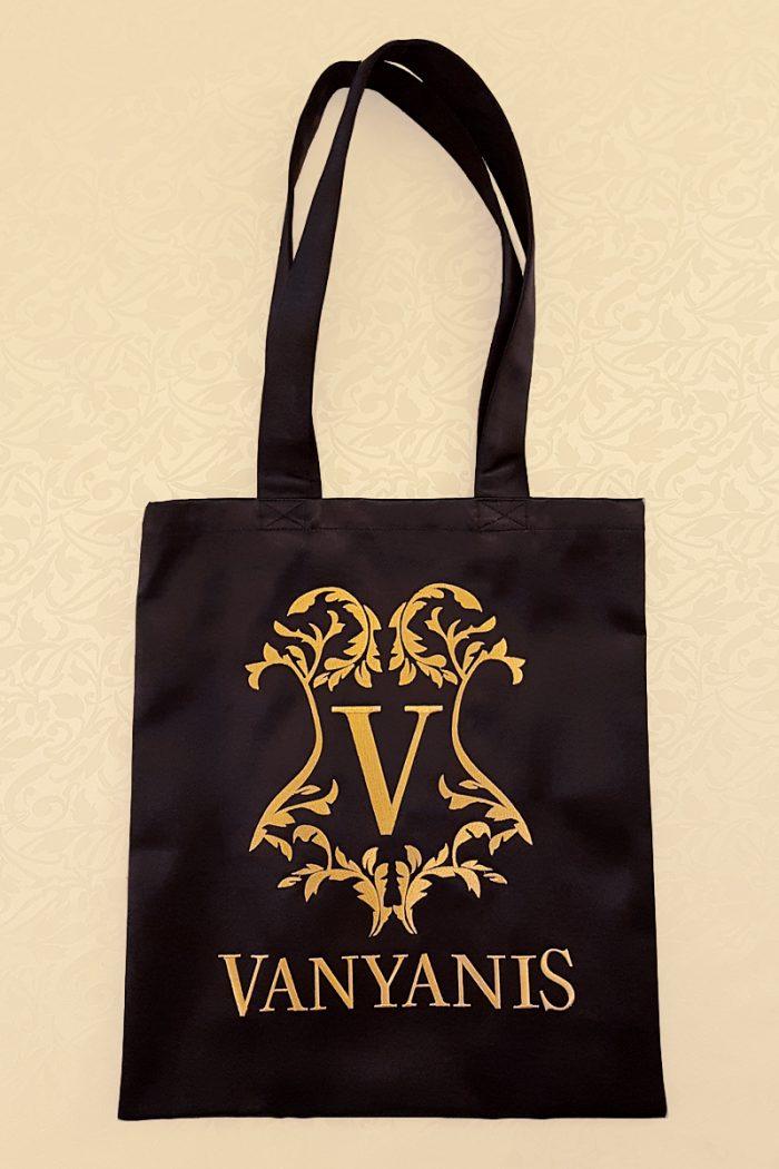 vanyanis-luxury-tote