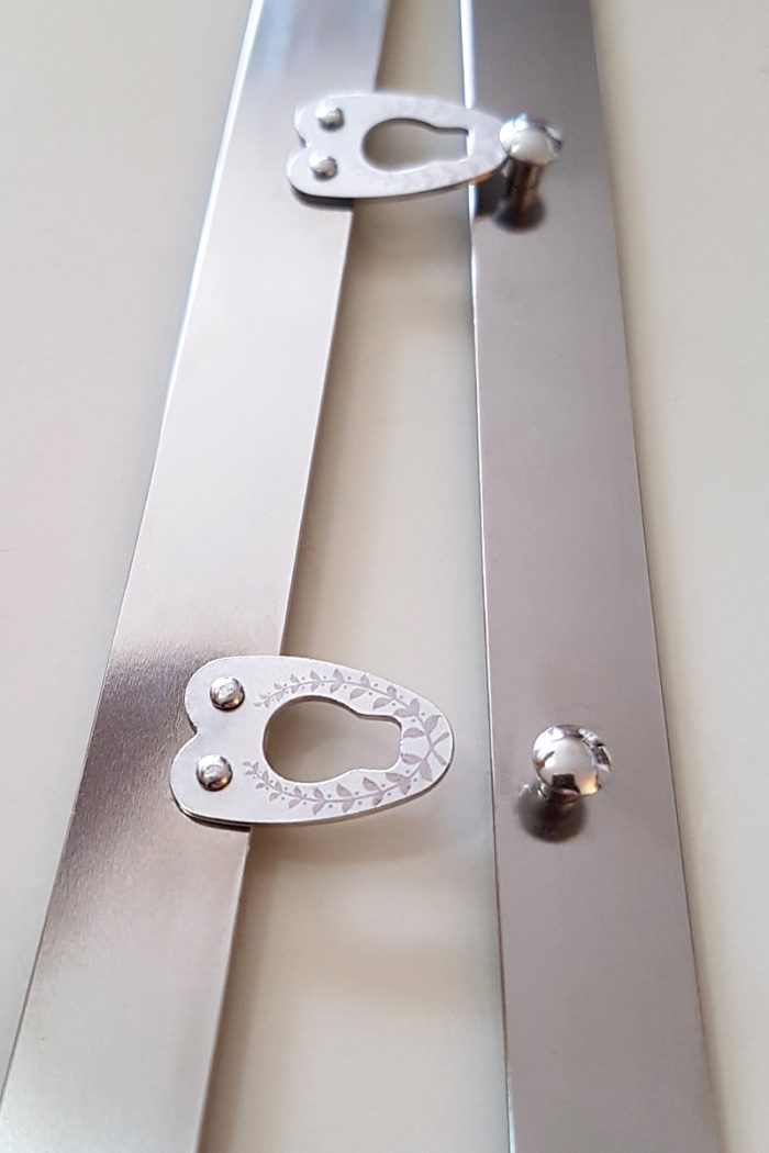 Vanyanis-Engraved-Busk-Silver